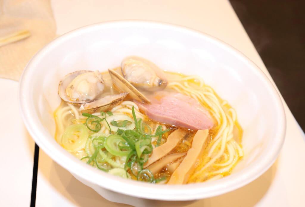 静岡県熱海 麺匠うえ田「金目鯛あさりラーメン」