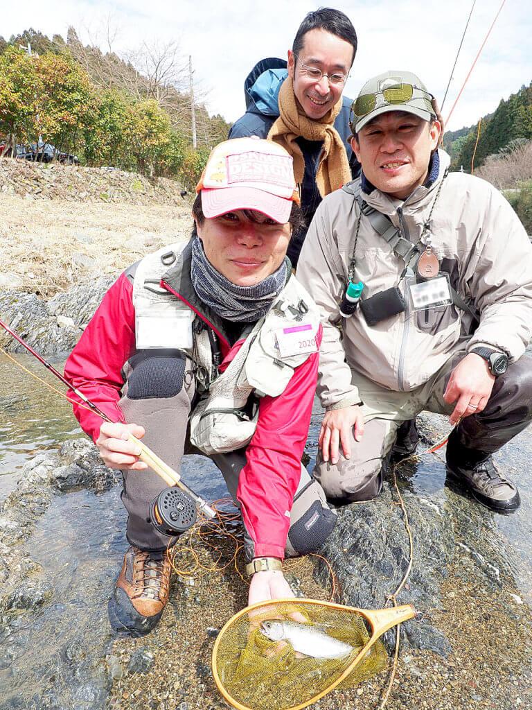 貴志川の釣りの様子