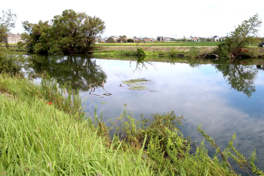 岐阜県南西部を流れる河川、大江川は数多くのバス釣りポイントが点在していて、アングラーにも人気のスポットだ