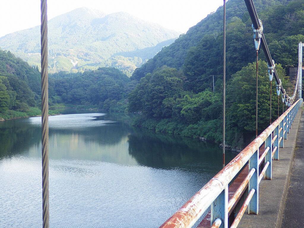 室生ダムの景色