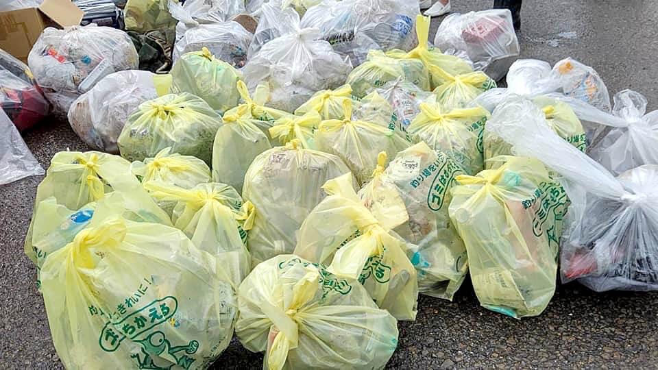 たくさんのゴミが回収された