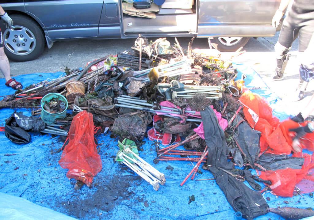 犬走防波堤、福浦防波堤では共に約300㎏のゴミが回収された
