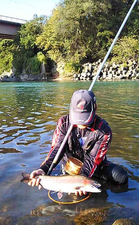 犀川の釣りの風景