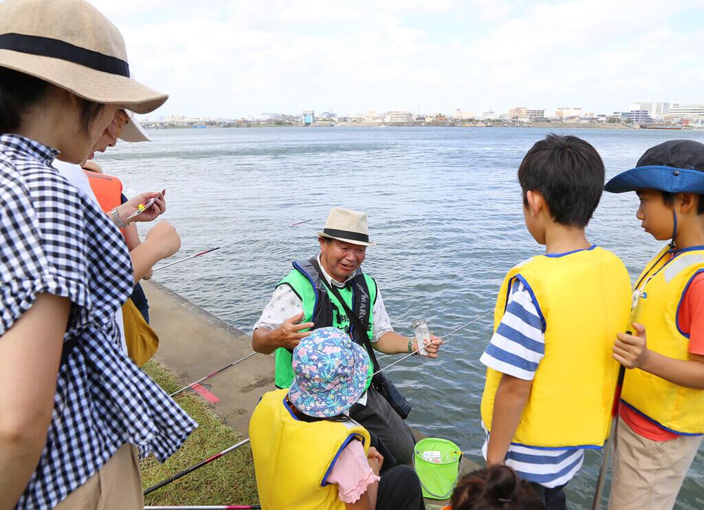 多摩川フィッシングフェスティバルの様子